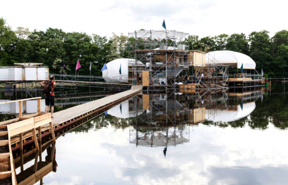 Berlin : Floating University